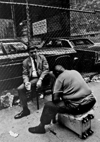 Lustrascarpe sulla Browery, NY, 1969