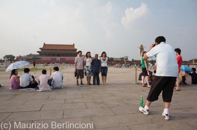Beijing-piazza-Tien-an-men-688x456